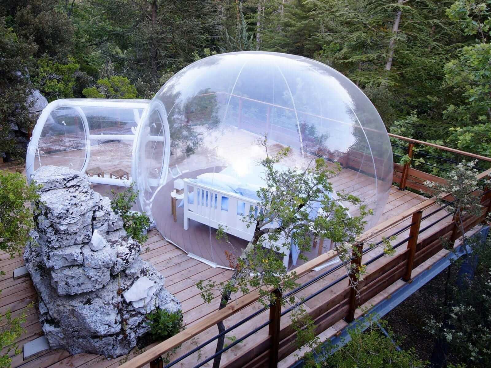 bulles des bois dormir dans une bulle nuit insolite. Black Bedroom Furniture Sets. Home Design Ideas